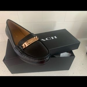 Coach black leather loafer sz8